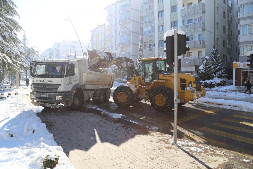 10.01.2019-belediye'nin-kar-mesaisi-suruyor-1.jpg