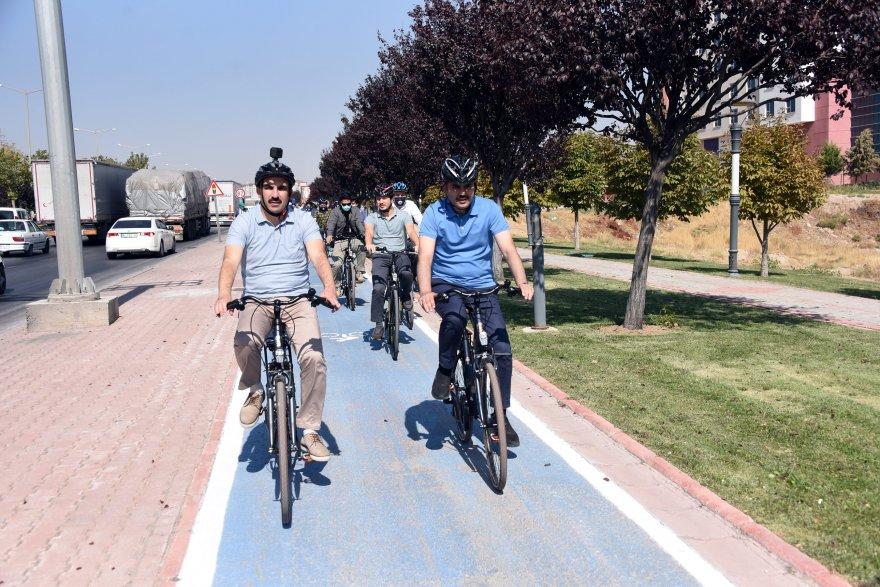 bakan_bisiklet_1.jpg