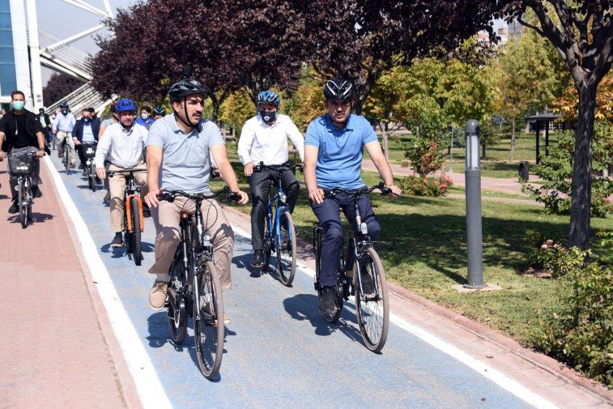 bakan_bisiklet_11.jpg