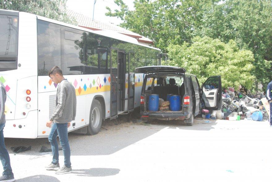 karapinar_belediye_otobusu_kaza_10_yarali-(2).jpg