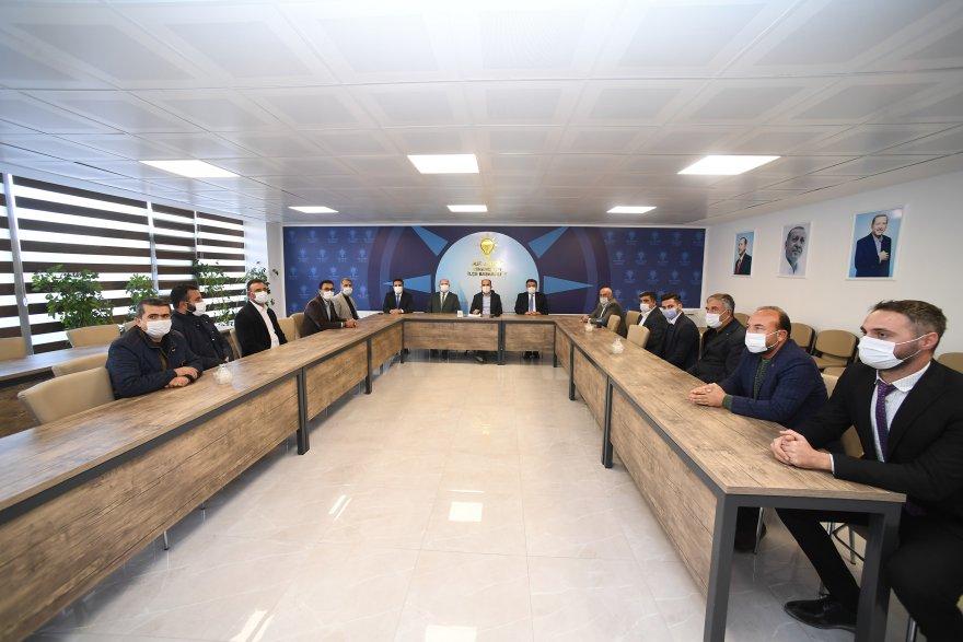 konya-buyuksehir-belediye-baskani-ugur-ibrahim-altay,-ilce-ziyaretleri-kapsaminda-cihanbeyli'de-002.jpg