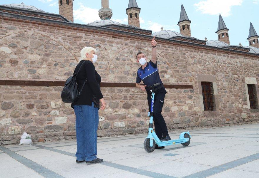 konya-buyuksehir-zabitasi-elektrikli-scooter-ile-hizmet-veriyor-001.jpg