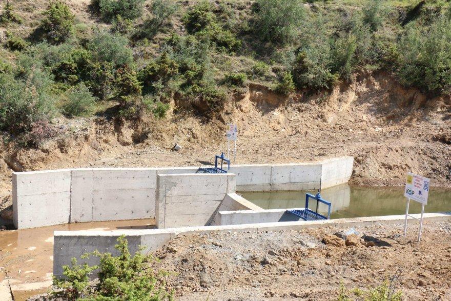 kucuk-olcekli-sulama-tesisleri-ile-tarim-arazileri-suya-kavusuyor-001.jpg