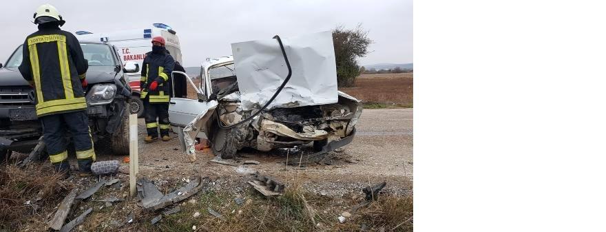 otomobille-kamyonet-carpisti-1-olu-2-yarali-13748750_o.jpg